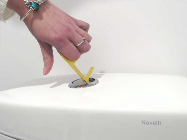 contactless-toilet-flush
